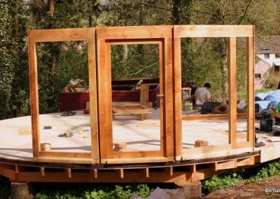 Montage des cadres de portes