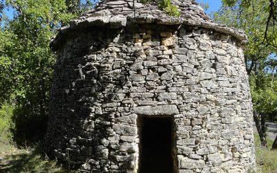 Pourquoi nos ancêtres construisaient-ils des maisons rondes ?